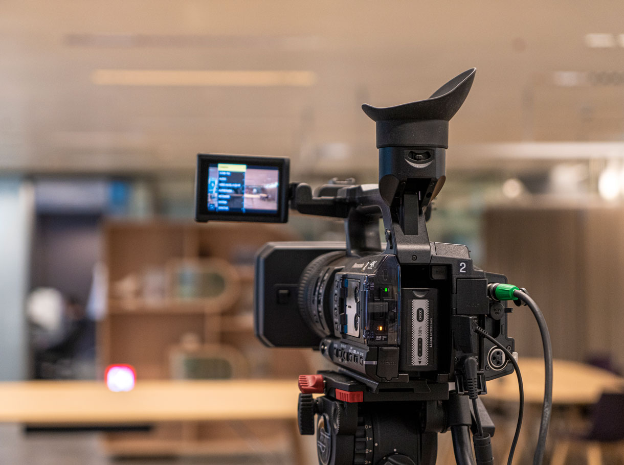 Kamera Medienkonferenz BEKB