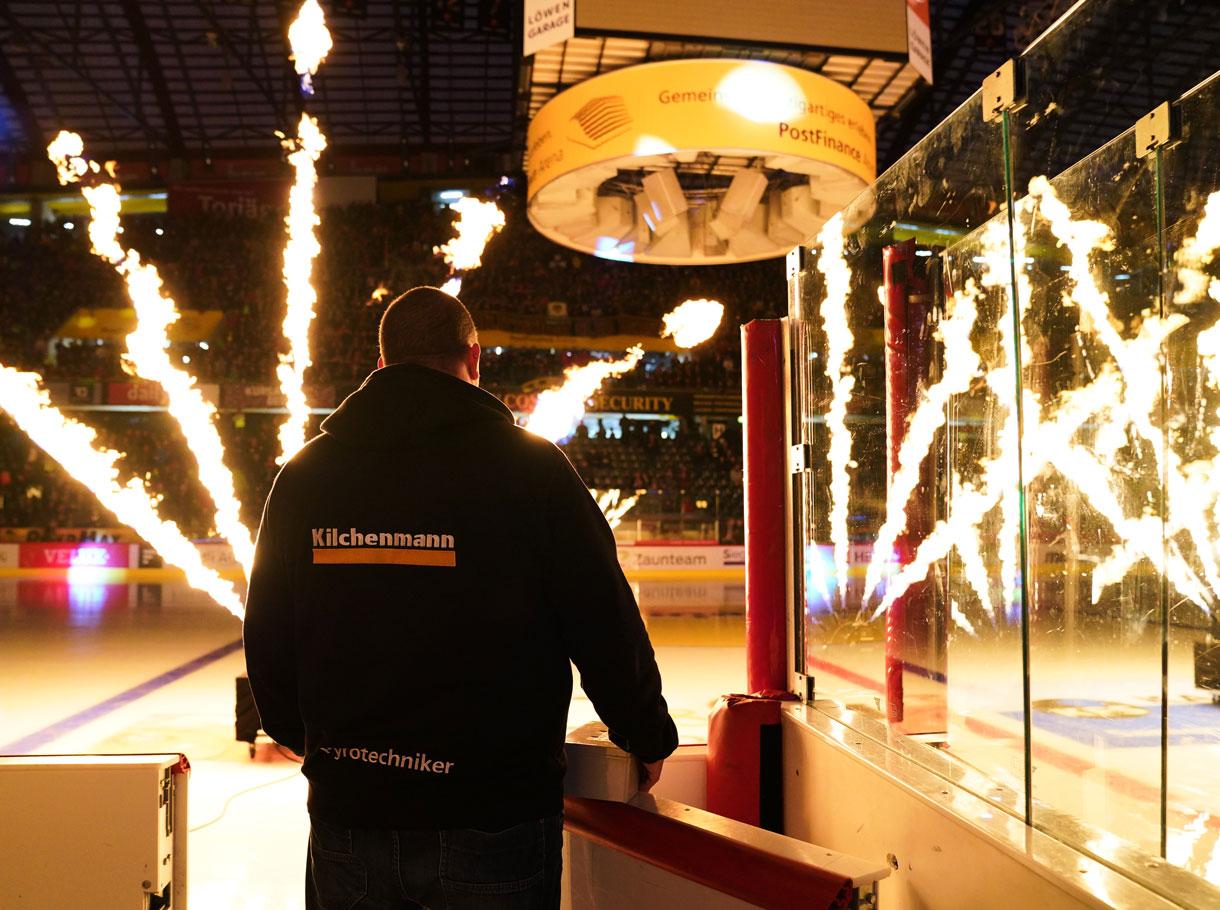 Referenzbild SCB Intro Feuershow, Pyroshow
